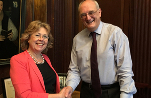 Baroness Northover meets Professor Sir Leszek Borysiewicz, Vice-Chancellor of the University of Cambridge.